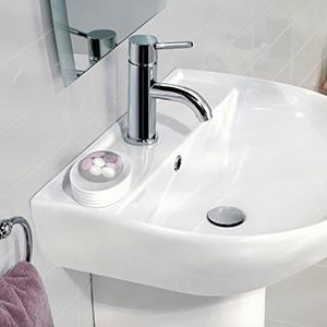 Smalti per pitturare piastrelle o ceramiche top rinnovare il bagno senza togliere le piastrelle - Vernice per vasca da bagno prezzi ...