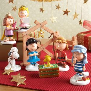 Department 56 Peanuts Holiday Decor
