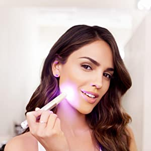How to use NEUTROGENA's Light Therapy Acne Spot Treatment