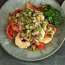 エビとトマトの納豆サラダ