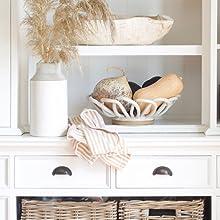 Welcome home, home guide, decorating, minimalist, minimalism, cozy, stylish, festive, budget