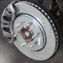 Power Stop K1124 Front Ceramic Brake Pad and Cross Drilled//Slotted Combo Rotor One-Click Brake Kit