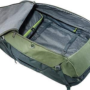 Haptfach; Kofferzugriff; Koffer; Netzabdeckung; Kleidungsfach; Arbeitsfach; Rucksack; Deuter