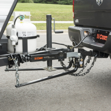 CURT Weight Distribution Hitch with Sway Control Kit