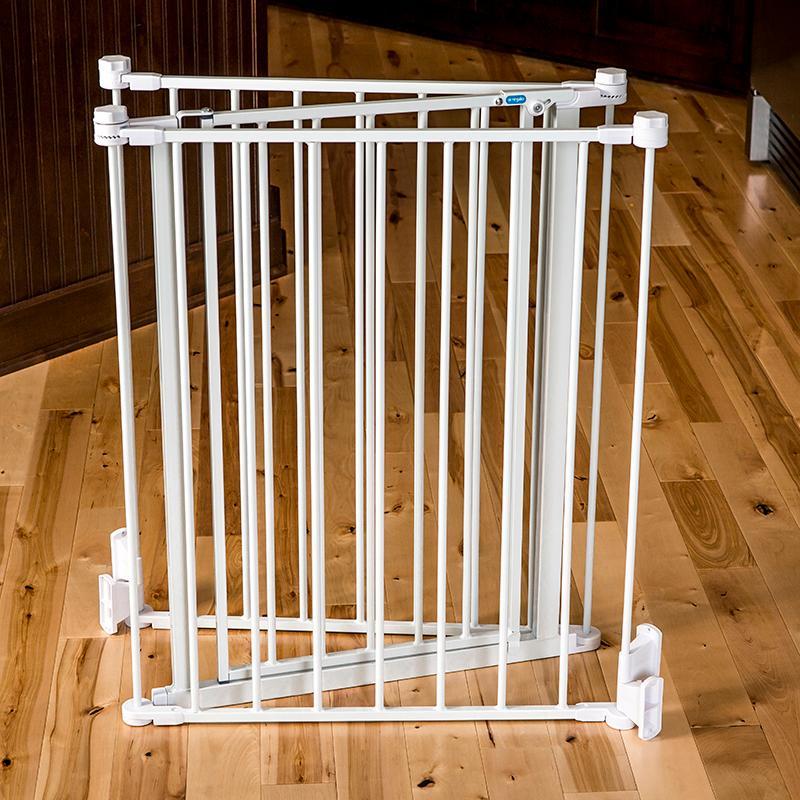 Regalo 76 Inch Super Wide Metal Configurable Gate White