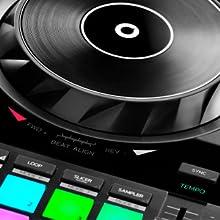 beatmatch, igualar beats, mezclar, djuced, serato, controladora de dj
