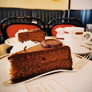 cake at Hotel Sacher