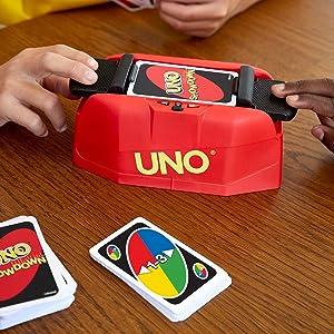 Mattel Games UNO Showdown, Juego de Cartas (Mattel GKC04): Amazon.es: Juguetes y juegos