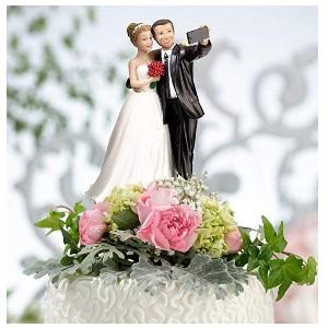 Funny Bride amp; Groom Selfie Cake Topper