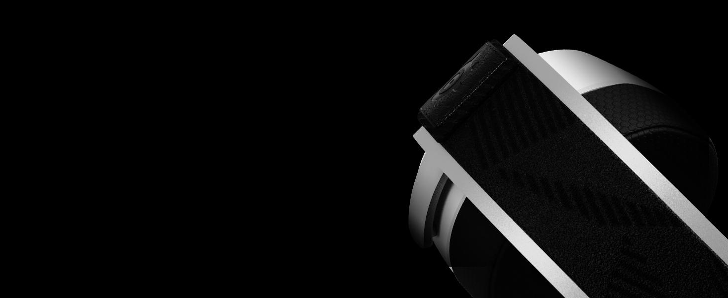 - Arctis Pro Wireless steel headband design