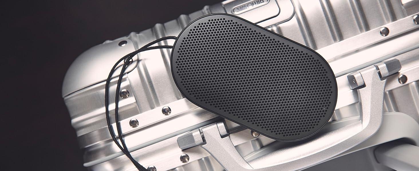 Beoplay P2 de Bang & Olufsen - Altavoz Bluetooth portátil con micrófono incorporado, black + Funda de piel para Beoplay P2, color negro: Amazon.es: Electrónica