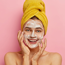 Assists in removing dirt and purifying skin
