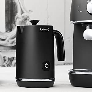 milk frothing jug