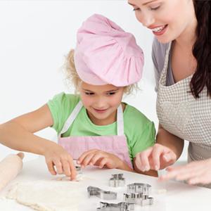 Amazon.com: Set divertido de cocina para niños con molde ...