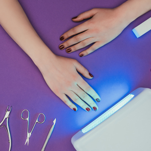 Thermal Spa Professional UV Gel Lamp Nail Dryer can accommodate both hands or both feet
