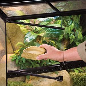 puertas de terrario; terrarios de vidrio; terrarios exoterra; reptiles