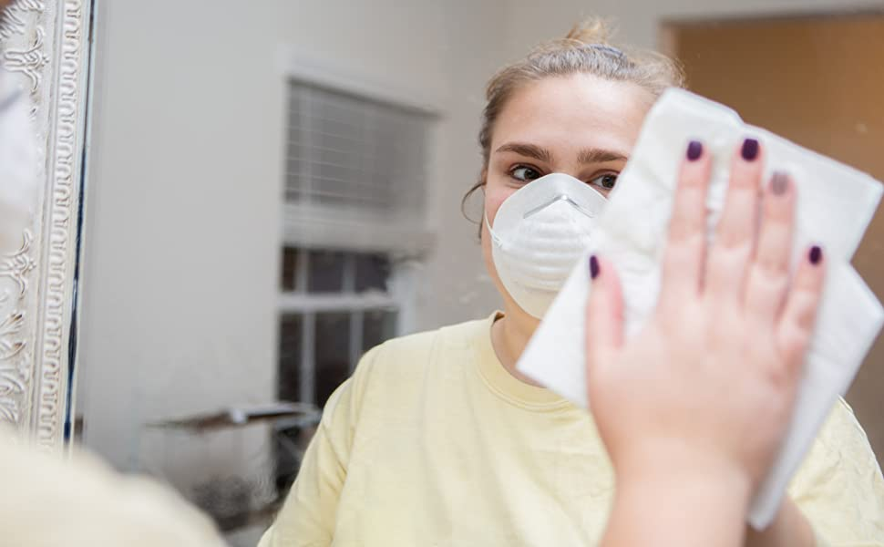 dust mask in use