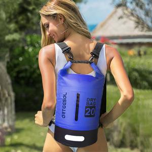Adjustable shoulder straps design