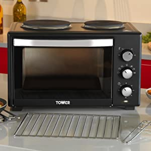 tower t14014 mini oven with double hotplates and. Black Bedroom Furniture Sets. Home Design Ideas