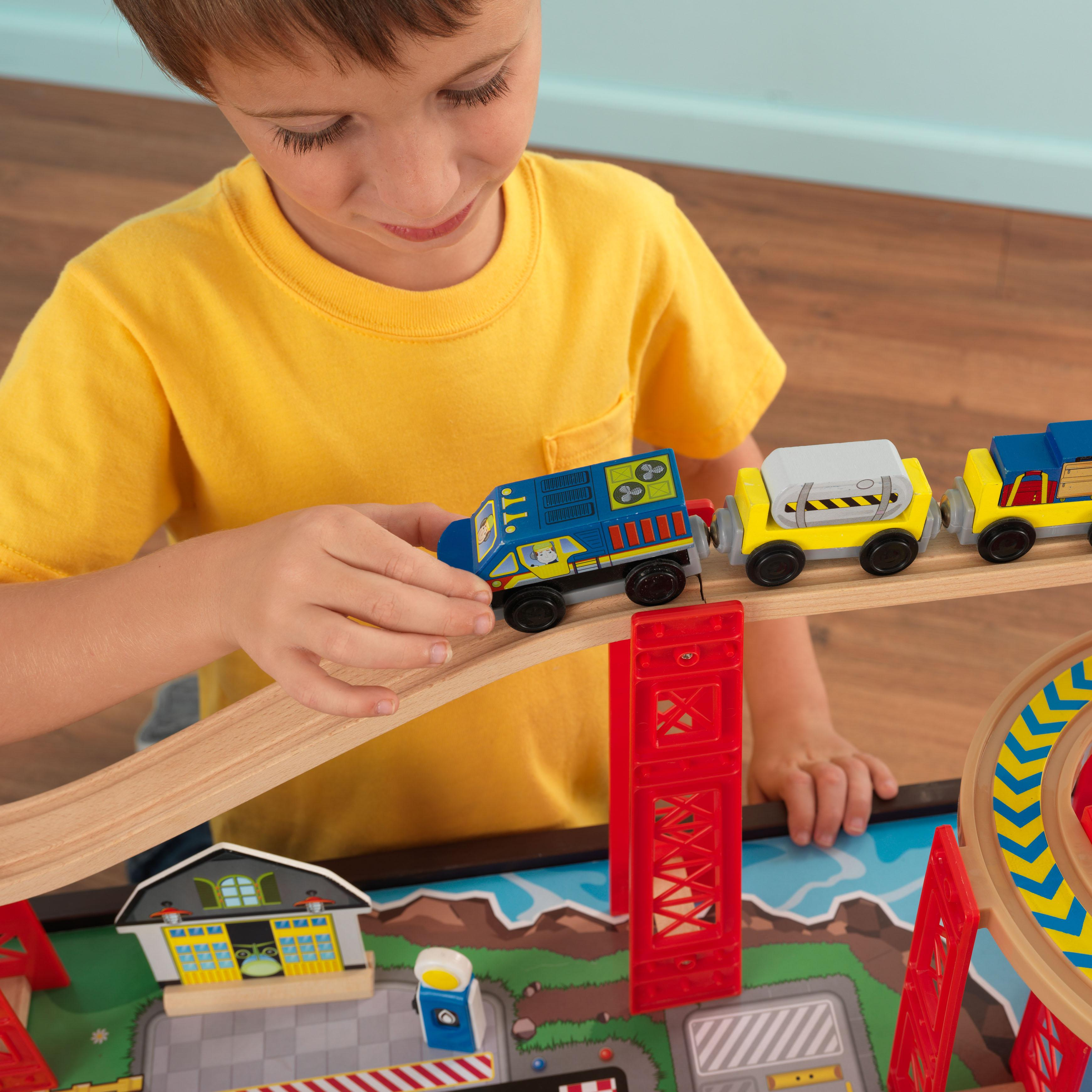 Train Set Table With Drawers Amazoncom Kidkraft Airport Express Espresso Table And Set Toys