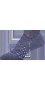 grippy socks, yoga socks, socks with grip, training socks, workout socks, gym, training, workout