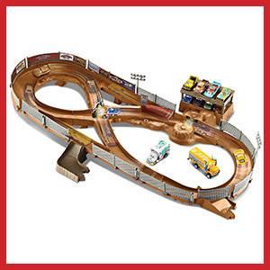 Cars 3 - Circuito Cars Choca-Crash (Mattel FCW01)
