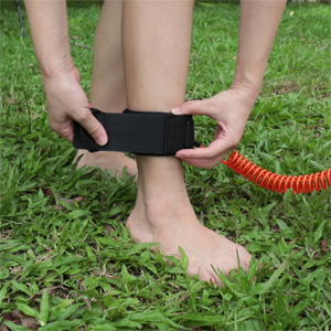 Swonder Strong and Safe 10' Coil Leash