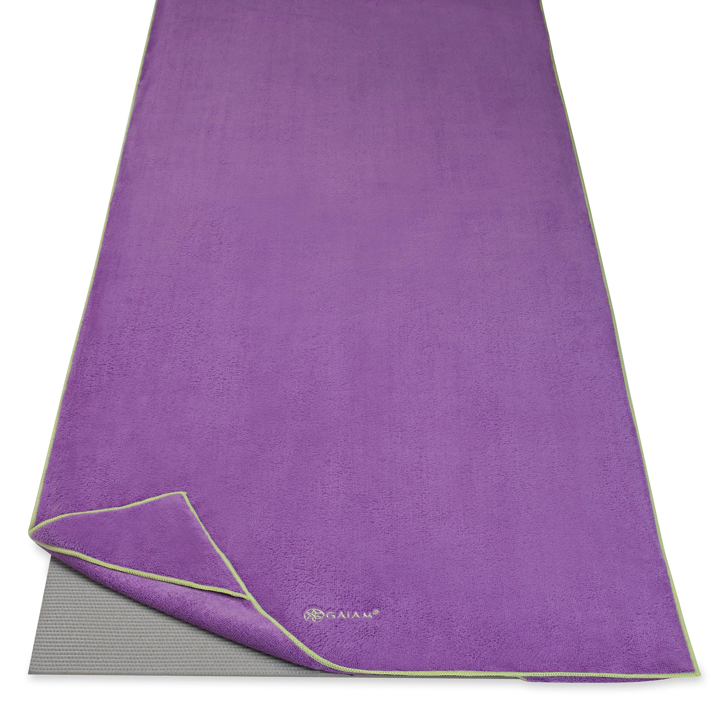 Amazon.com : Gaiam Stay Put Yoga Towel Mat Size Yoga Mat
