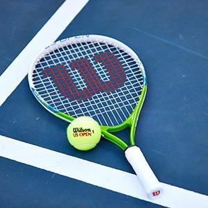 Amazon Com Wilson Us Open Junior Tennis Racquet Sports Outdoors