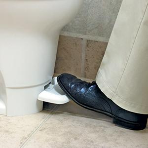 Pedal flush rv toilet