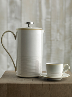 natural canvas dinnerware collection
