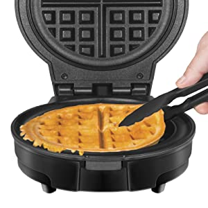 Measuring Cup Included Round WaffleIron w//Nonstick Plates /& Cool Touch Handle Black Temperature Control Mess Free Moat Chefman Anti-Overflow Belgian Waffle Maker w//Shade Selector