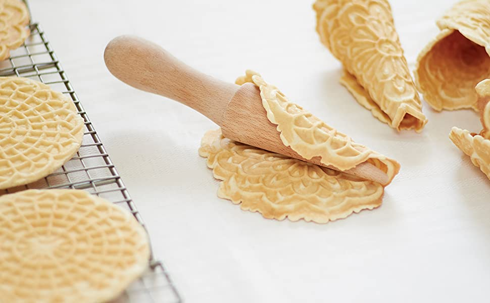 "NWT Pizzelle Cookie//Pastry Roller//Waffle Ice Cream Cone Wooden Mold Tool 7/""x1.5/"""