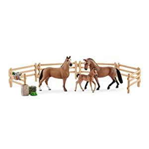 Horse Club  Schleich 42405 Hanoverian family in the pasture /</>/<