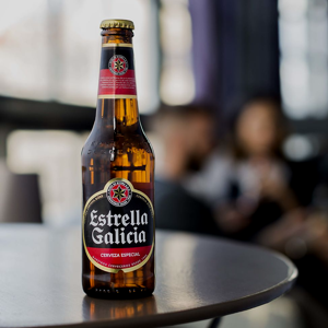 Estrella Galicia Especial Cerveza - Pack de 24 botellines x 250 ml - Total: 6 L: Amazon.es: Alimentación y bebidas