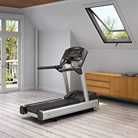 Amazon Com Life Fitness Club Series Treadmill Sports