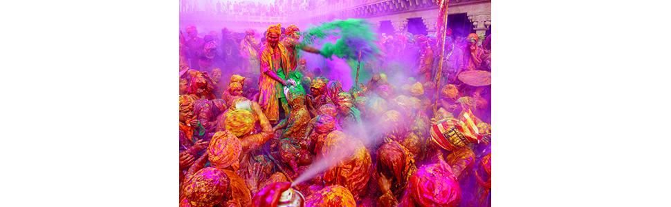 Chaos, Color