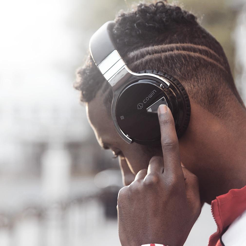 Cowin Noise Canceling Wireless Headphones