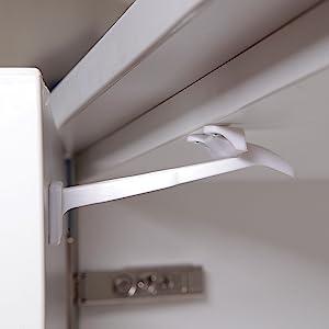 dreambaby locks for cabinets