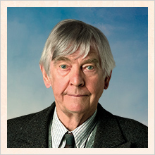 Eben Ramsey (Tom Courtenay)