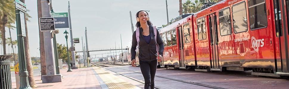 Urban; Rucksack; Backpack; Deuter; Stadt; Daypack; Day bag; Tagesrucksack; Stadtrucksack