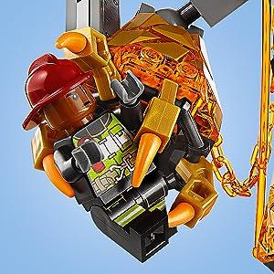 LEGO Marvel Super Heroes - Batalla contra Molten Man
