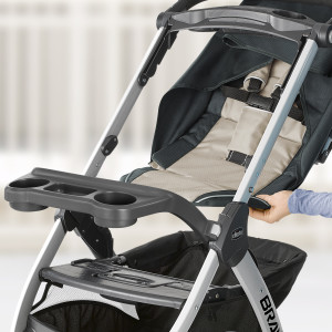 baby infant toddler stroller family mom dad safety removable lightweight chicco