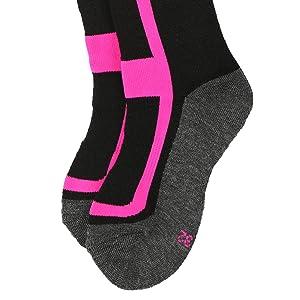 ... su capacidad de eliminar la humedad, el suave material es muy agradable de llevar. La zona de compresión en la parte media del pie de los calcetines de ...