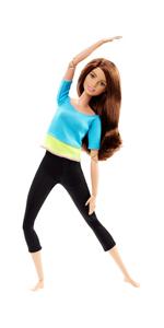 Barbie Fashionistas poup/ée mannequin #72 brune avec queue de cheval robe salopette en jean et t-shirt /à rayures roses FJF37 jouet pour enfant