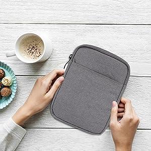 Capa Kindle Sleeve de tecido com microfibra e bolso ziper