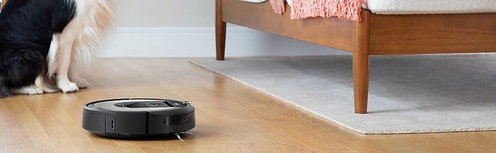 Roomba i7156