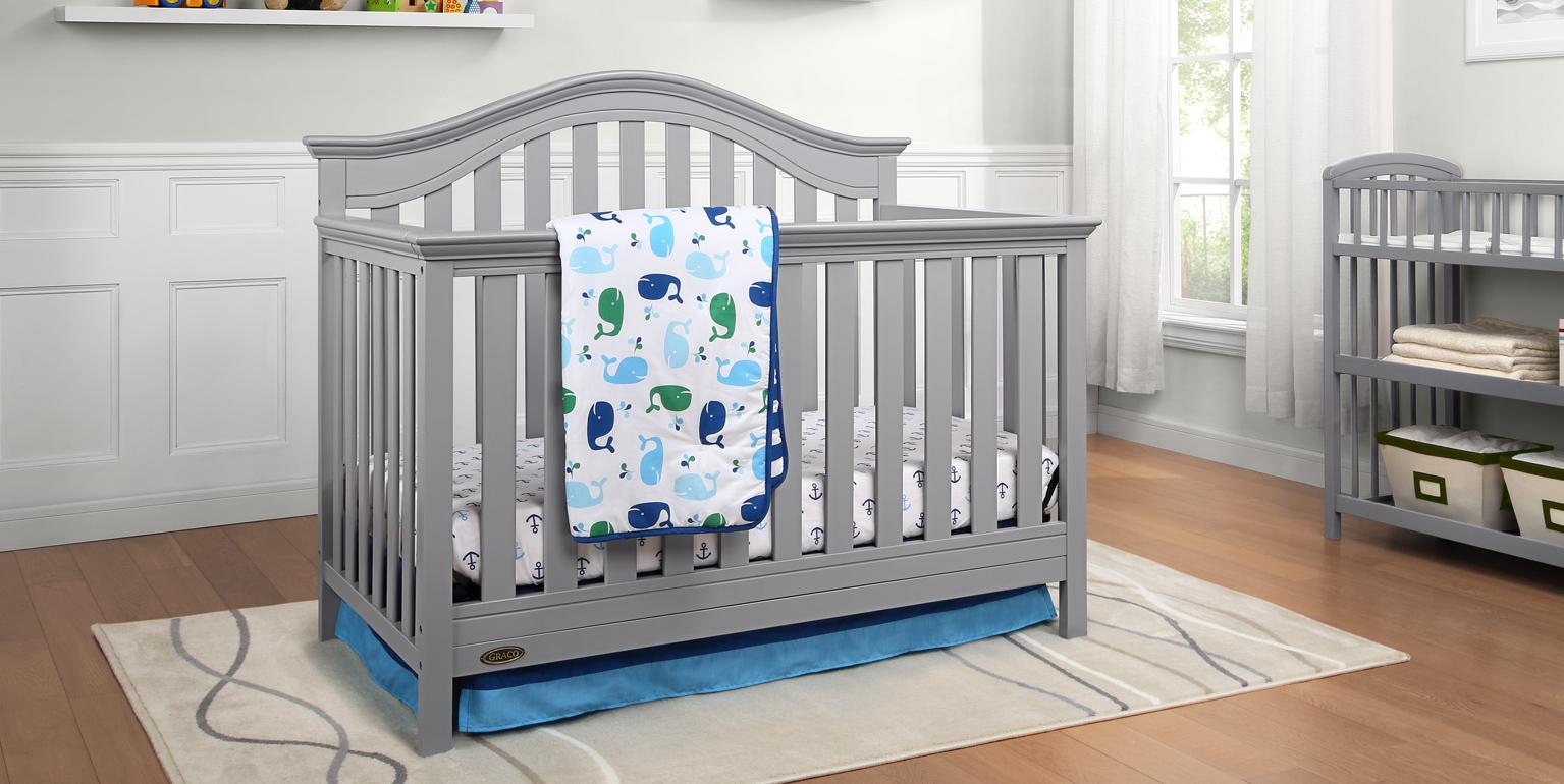 Amazon Com Graco Bryson 4 In 1 Convertible Crib Pebble
