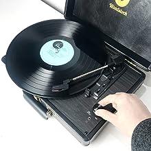mb-tr89blk plays vinyl