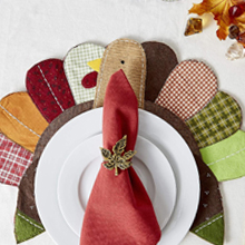 placesetting,thankful,ceramic,theme,brown, red, green,mats,cloth,dinner,napkins,mesa,fall,gold
